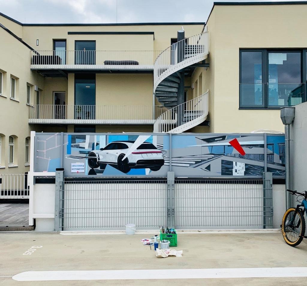 fassadengestaltung wandmalerei porsche auto